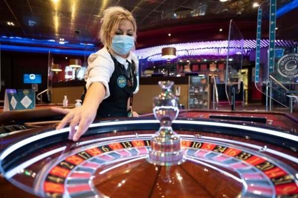 How to Play Casino Games – Advantage of Casino Online